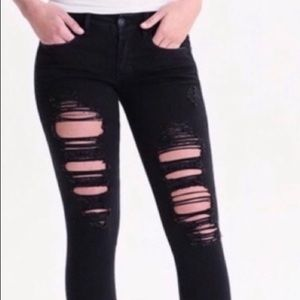 Size 6 black ripped ankle jeans